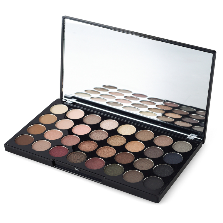 Paleta senki za oči REVOLUTION MAKEUP Ultra Eyeshadows Palette Flawless 16g